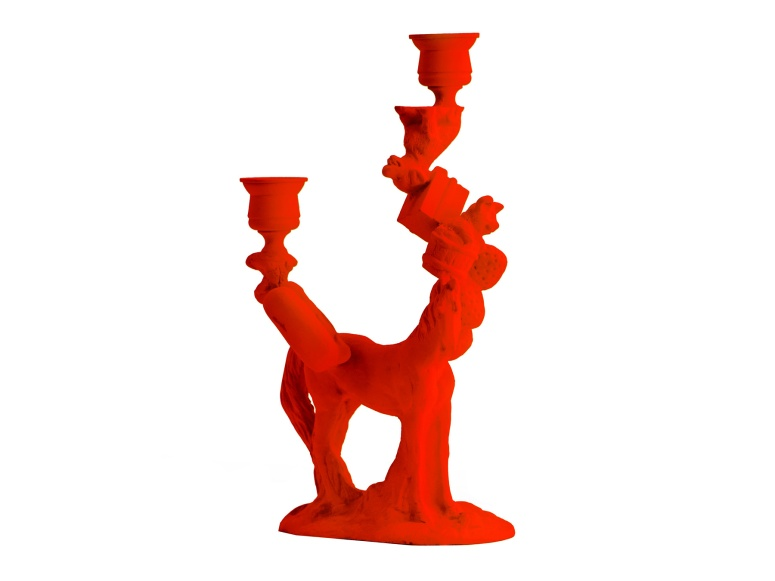 kr 1670 Artecnica-Wonderland-Horse-16x9_sku_cropped_1800x1350_q95_8cb416